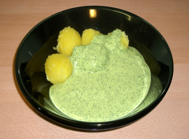 Frankfurter 'Green Sauce' with potatoes
