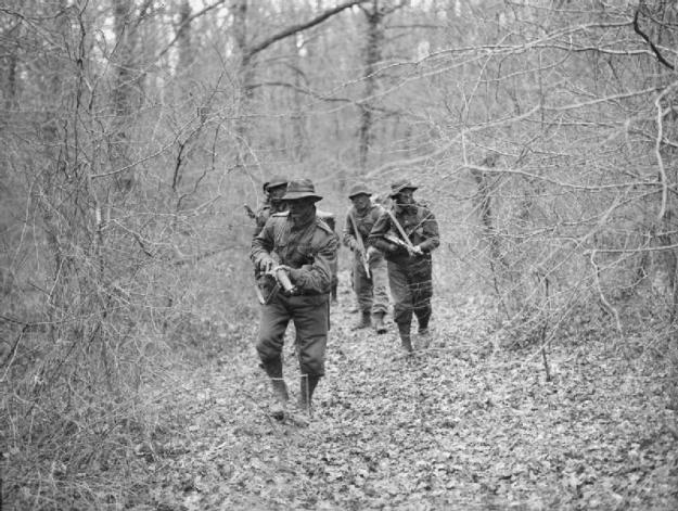 Photo Three (trainees in the woods) - By Oulds, D C (Lt), Royal Navy official photographer - http://media.iwm.org.uk/iwm/mediaLib//31/media-31047/large.jpgThis is photograph A 27308 from the collections of the Imperial War Museums., Public Domain, https://commons.wikimedia.org/w/index.php?curid=25076005