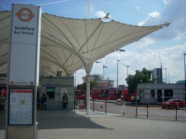Photo One (Stratford Bus Station) - Whohe! at English Wikipedia [CC BY-SA 3.0 (http://creativecommons.org/licenses/by-sa/3.0) or GFDL (http://www.gnu.org/copyleft/fdl.html)], via Wikimedia Commons