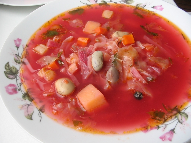 Photo Five by By uk:Користувач:Kagor - uk:Файл:Borsch- 020.jpg, CC BY-SA 3.0, https://commons.wikimedia.org/w/index.php?curid=19218448